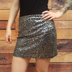 Sparkling spangled sequinned skirt no tag size